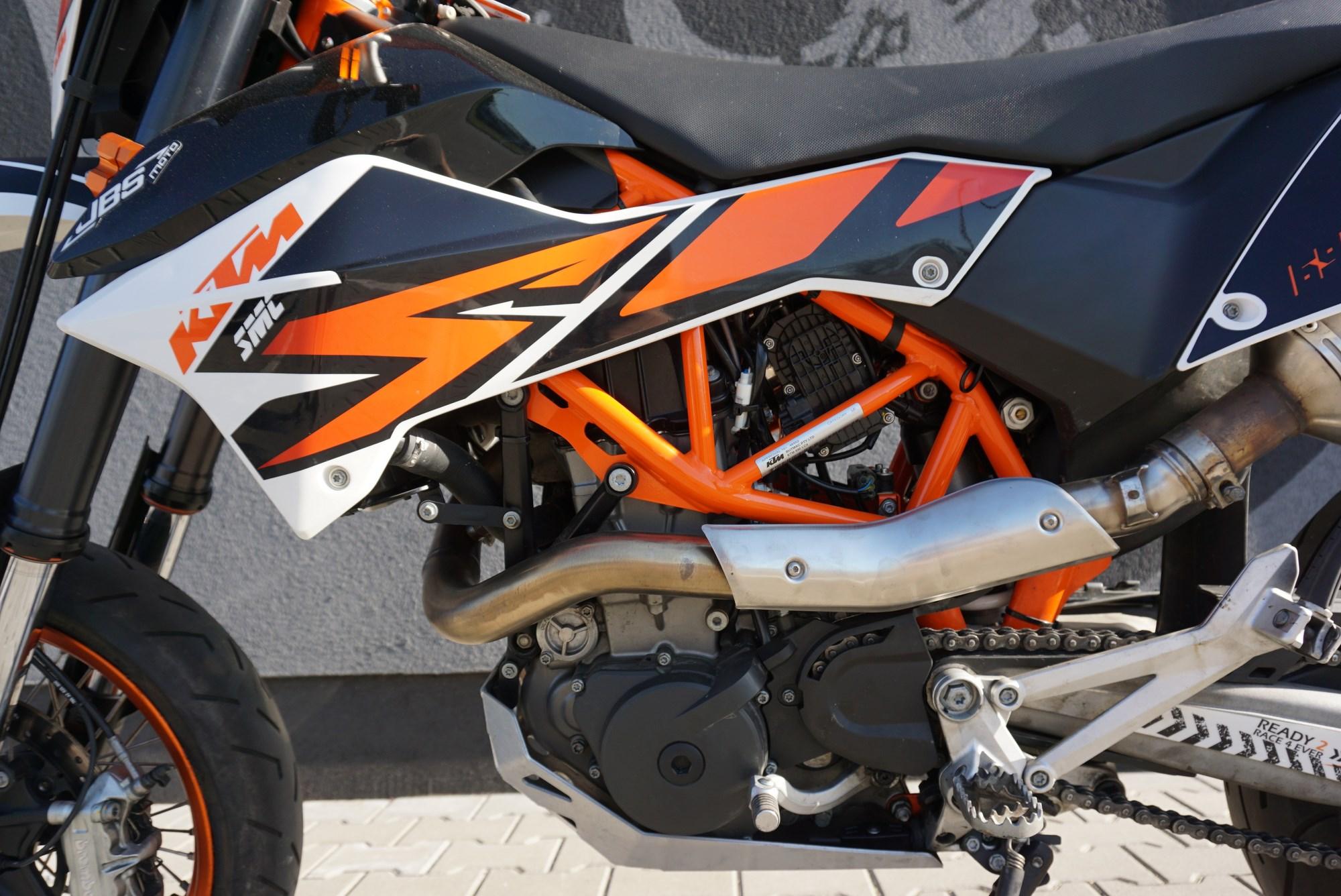 KTM 690 SMC-R