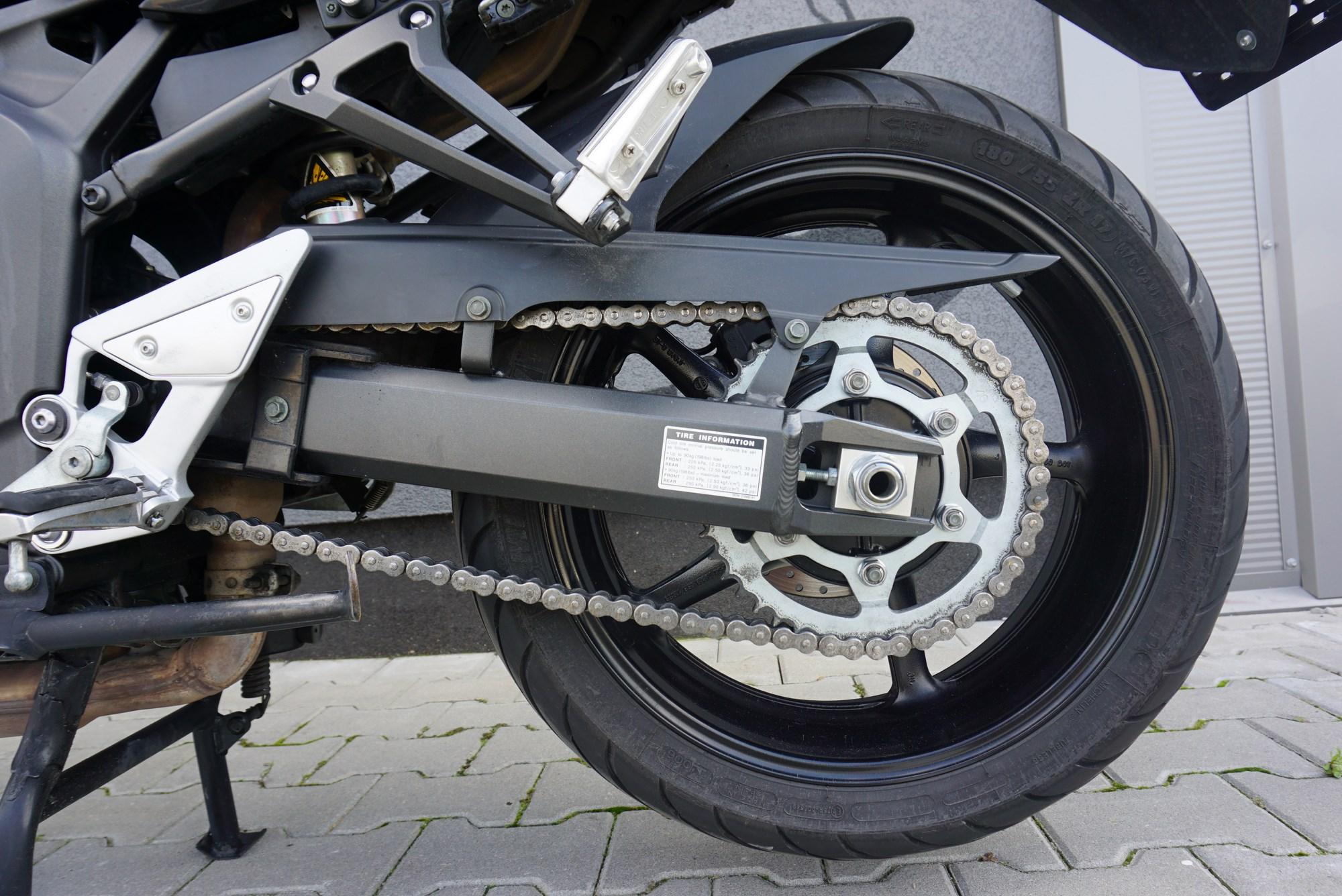 Yamaha FZ6-n S2