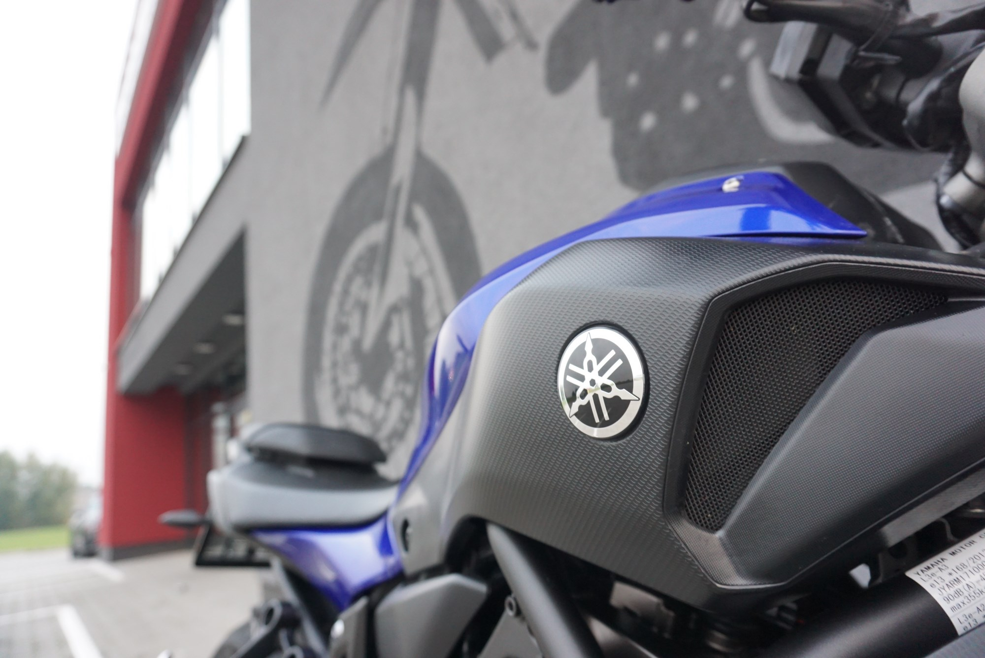 Yamaha MT 07 Night Fluo